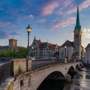 Tog til Zürich