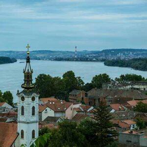 Tog til Beograd
